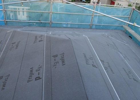 野地板・防水シート貼り